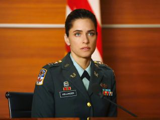 The Good Wife: The Art of War