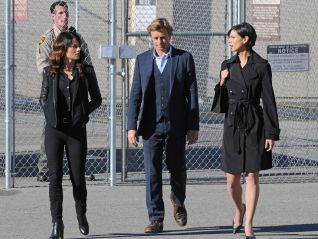 The Mentalist: War of Roses