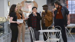 2 Broke Girls: And the High Holidays