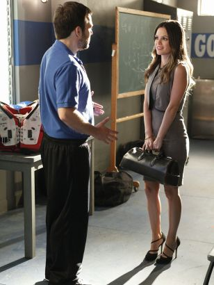 Hart of Dixie: The Crush & the Crossbow