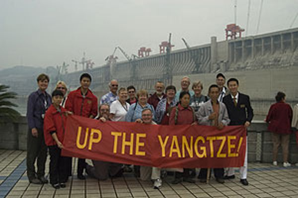 Movie review up the yangtze