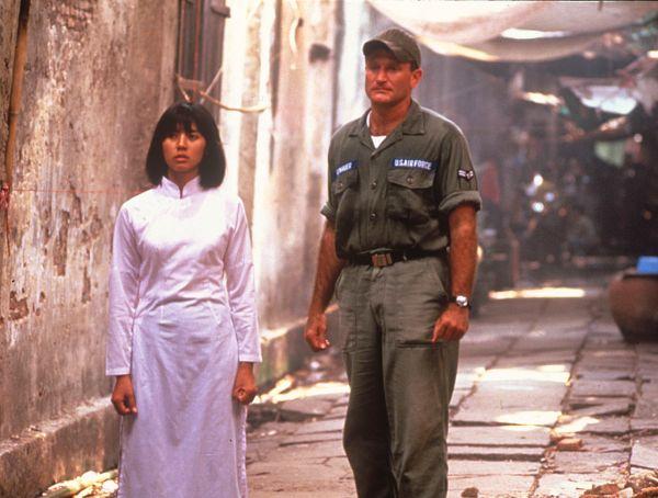 Good Morning Vietnam Plot : Good morning vietnam barry levinson synopsis