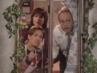 Roseanne: Roseanne in the Hood