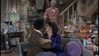 Sanford and Son: A Pad for Lamont