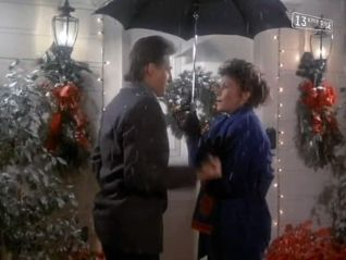Scarecrow and Mrs. King: Santa's Got a Brand New Bag