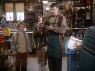 Eerie Indiana: The Hole in the Head Gang
