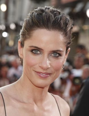 Amanda Peet movies, photos, movie reviews, filmography,