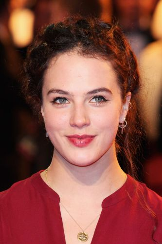 jessica brown findlay biography movie highlights and