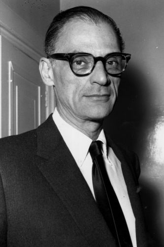 arthur miller s use of his In a bid to not only secure his career as a journalist & play writer and also to alert the american people against the government misinformation & propaganda that were headed their way, miller started to ink the crucible.