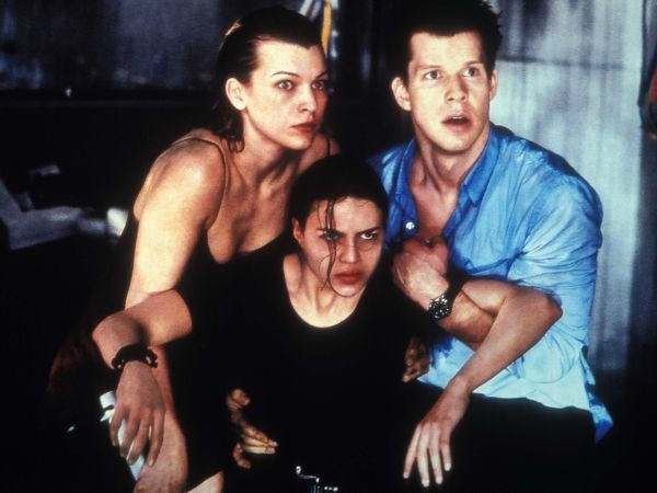resident evil 2002 paul ws anderson cast and crew