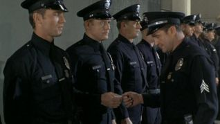Adam-12: Log 56: Vice Versa