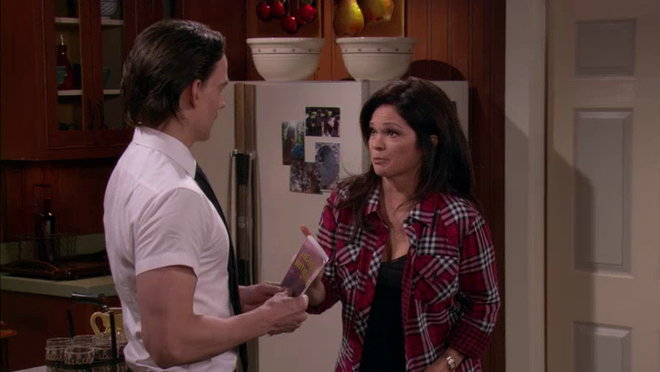 Hot in Cleveland: Tangled Web