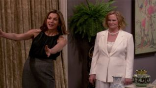 Hot in Cleveland: What's Behind the Door