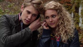 The Carrie Diaries: Read Before Use