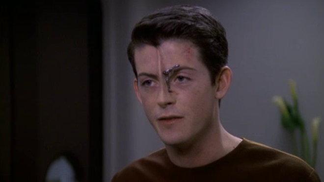 Star Trek: Voyager: Child's Play