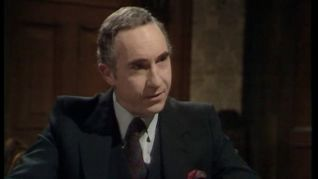 Yes, Minister: The Economy Drive