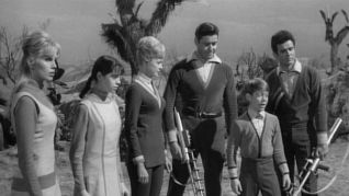 Lost in Space: His Majesty Smith