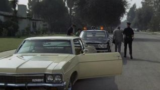 Adam-12: Log 175: Con Artists