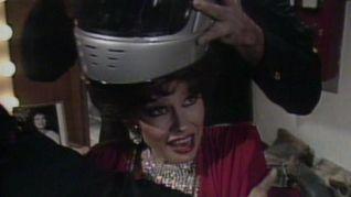 Saturday Night Live: Kathleen Turner [1]