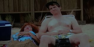 Married... With Children: Life's a Beach