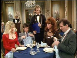 Married... With Children: Eatin' Out