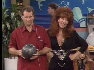Married... With Children: Peggy Turns 300