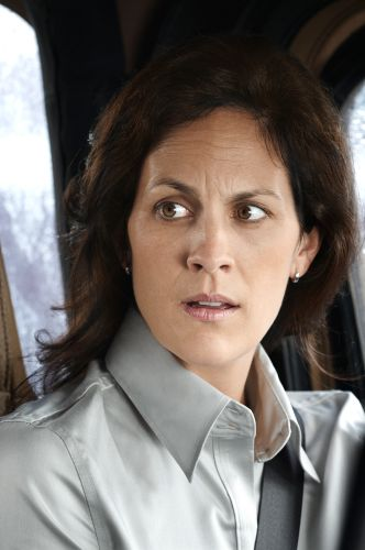 Annabeth Gish | Biography, Movie Highlights and Photos ...