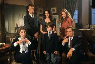 Dark Shadows the Revival Series [TV Series]