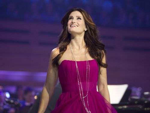 idina menzel pregnant on glee - photo #28