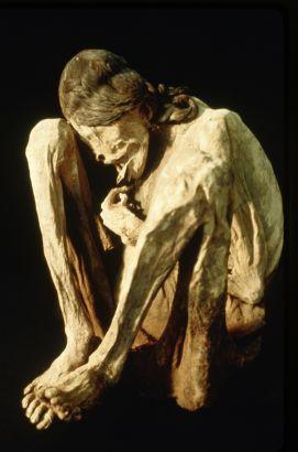 World Almanac Video: Mummies and Pyramids - Egypt and Beyond - Desert Mummies of Peru