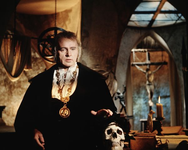 dr. faustus: a review essay Doctor faustus' damnation doctor faustus chose to be damned, although the evil spirits may have influenced him, faustus always wanted wealth and honor.