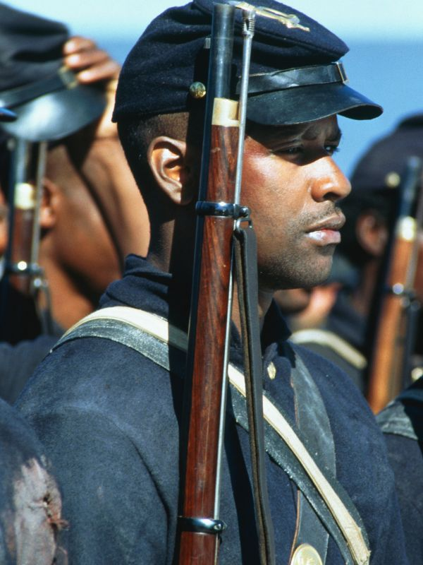 an analysis on colonel robert gould shaw in the film glory by edward zwick Biography directed by edward zwick  robert gould shaw leads the us  civil war's first all-black volunteer company, fighting prejudices from both his own  union army,.