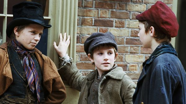oliver twist review