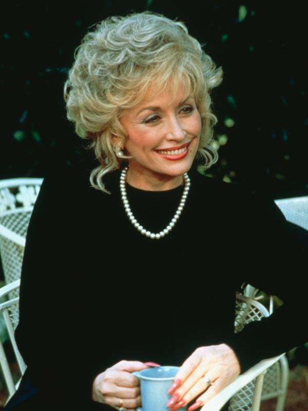 the overview of of steel magnolias an all female ensemble cast Steel magnolias plot summary, character breakdowns, context and analysis, and performance video clips.