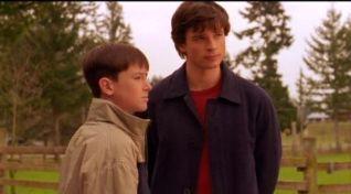 Smallville: Stray
