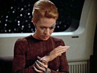 Star Trek: Voyager: The Raven