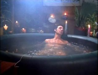 Seinfeld: The Hot Tub