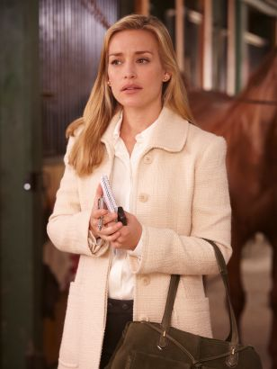 Covert Affairs: Horse to Water