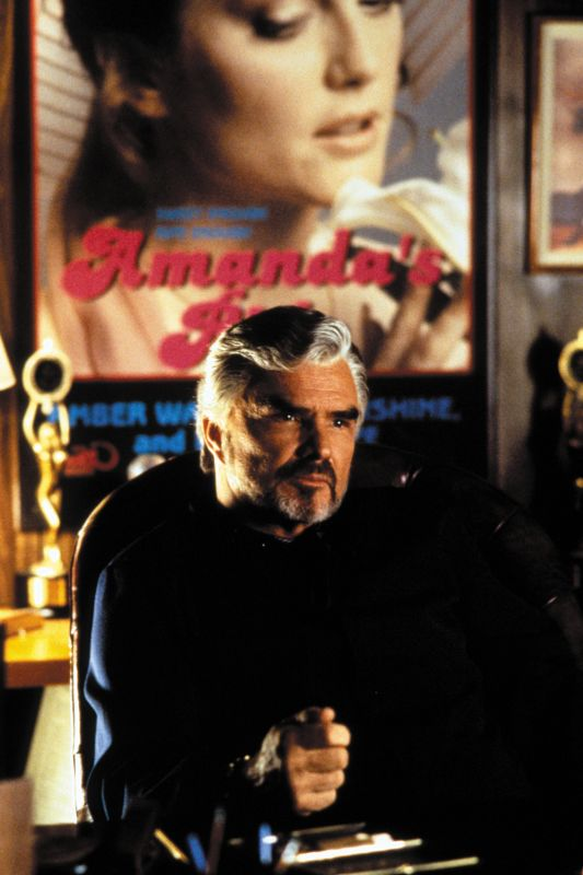 a review of boogie nights a movie by paul thomas anderson He also talks about boogie nights, paul thomas anderson him on a tv show or in a movie, it was after seeing boogie nights that i trailer review.