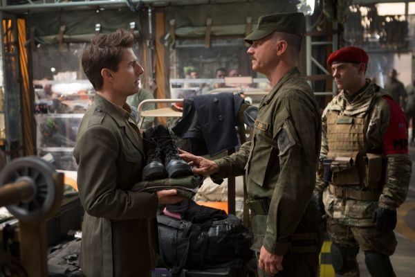 a review of edge of tomorrow a film by doug liman Movie review: 'edge of tomorrow' jun 'edge of tomorrow' review directed by doug liman, who earlier made the first bourne movie, edge of tomorrow is a mashup of.