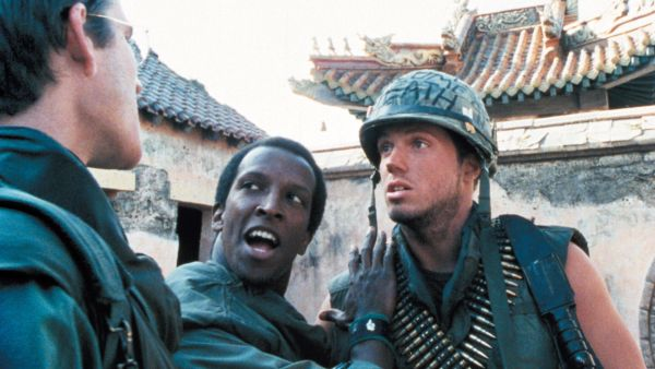 full metal jacket review A marine and his companions endure basic training under a sadistic drill  sergeant.