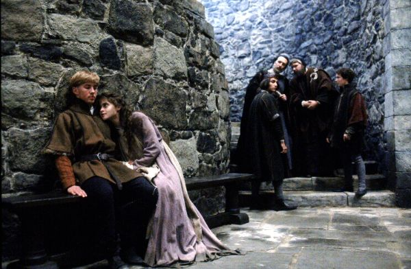 a critique of the 1990 movie hamlet by franco zeffirelli The family and christian guide to movie reviews and entertainment news is hamlet (1990) another version of hamlet in this case, franco zeffirelli directs mel.