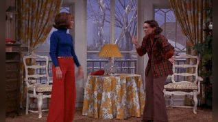 The Mary Tyler Moore Show: Angels in the Snow