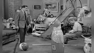 I Love Lucy: The Ricardos Change Apartments