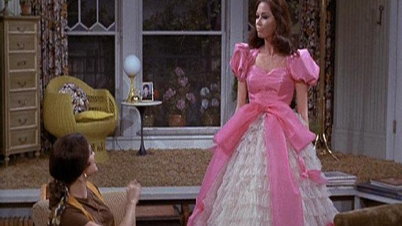 The Mary Tyler Moore Show: A Friend in Deed