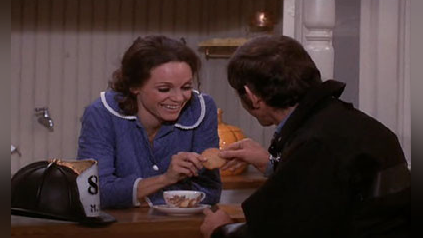 The Mary Tyler Moore Show: Where There's Smoke, There's Rhoda