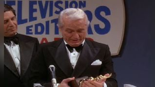 The Mary Tyler Moore Show: Ted Baxter Meets Walter Cronkite