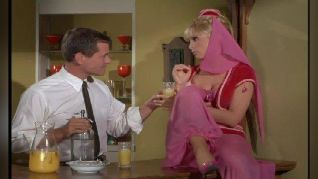 I Dream of Jeannie: Here Comes Bootsie Nightingale