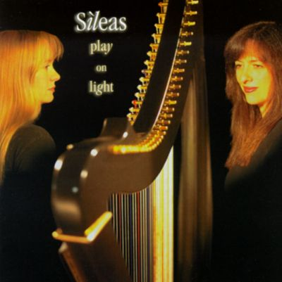 Sìleas - Play On Light