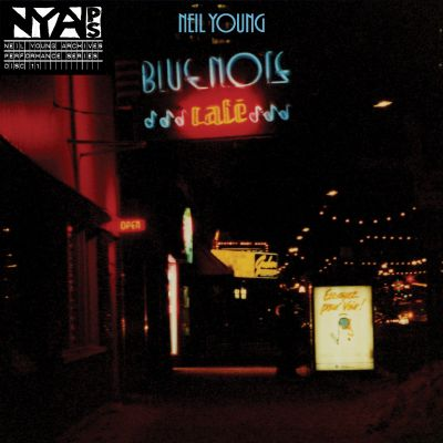 Bluenote Cafe / Neil Young.
